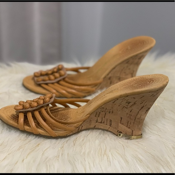 Enzo Angiolini Shoes - Enzo Angiolini brown leather sandals size 5.5